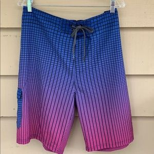 Ocean Current 38 board shorts Square pattern
